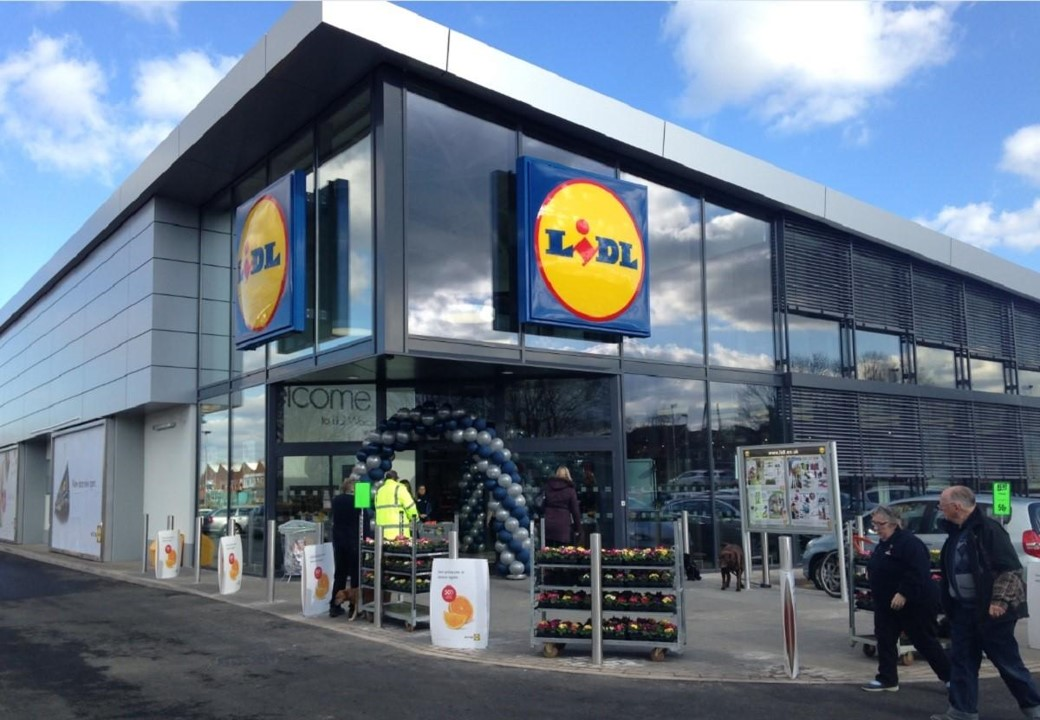 Lidl Store & Archdales 73 Club